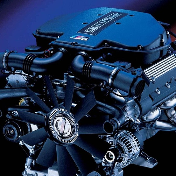 BMW E39 M5 Engine S62